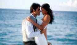Lifestyle - Newlywed couple in Cayman Islands, romance